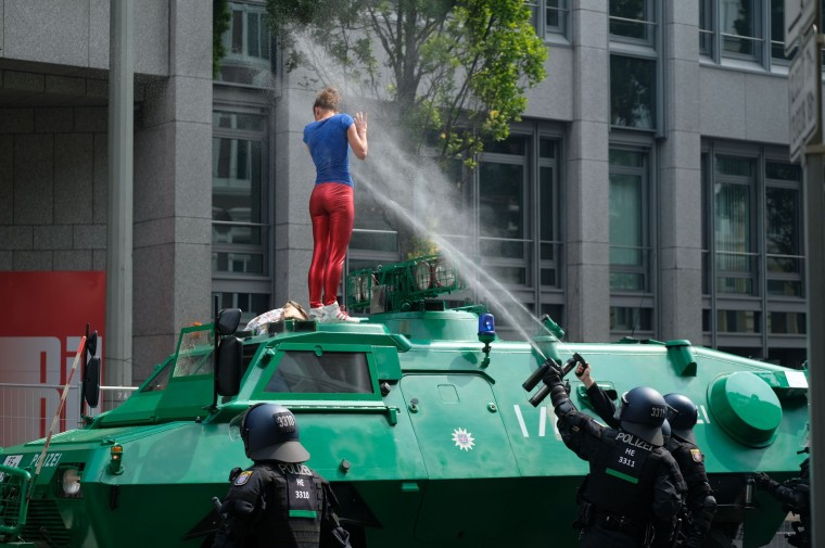 Image: TOPSHOT-GERMANY-G20-SUMMIT-PROTEST