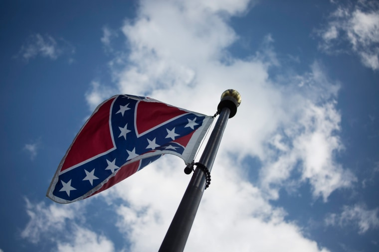 Image: Confederate flag at the South Carolina State House Building
