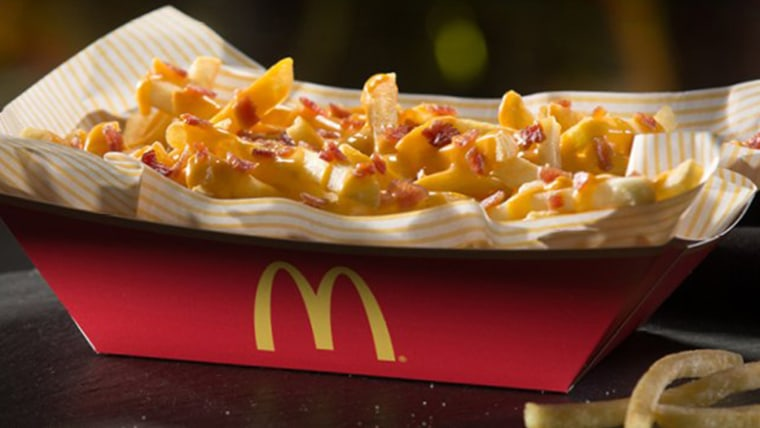 Mcdonald S Super Limited Cheesy Bacon Fries Are Returning Nationwide
