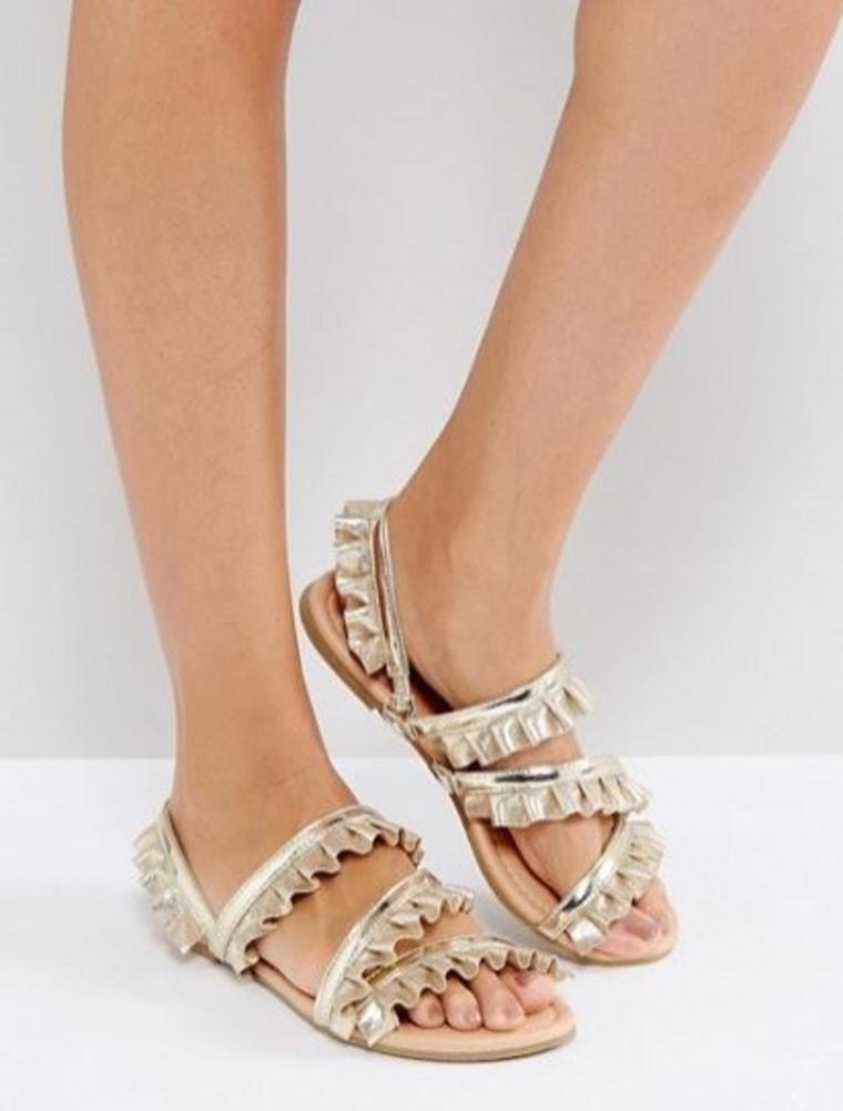 Fair Play Ruffle Flat Sandals