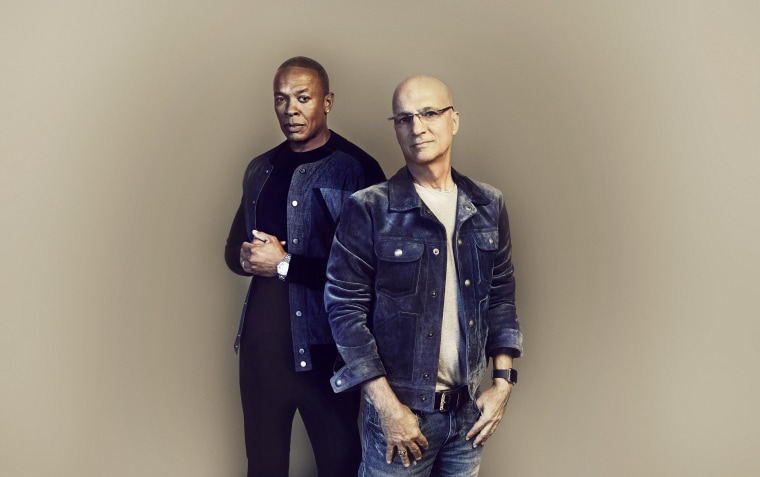 """Image: Dr. Dre and Jimmy Iovine in """"The Defiant Ones"""" on HBO"""