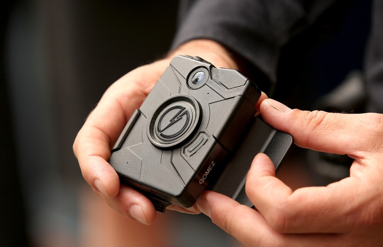 Image: LAPD Officers to Wear Body Cameras