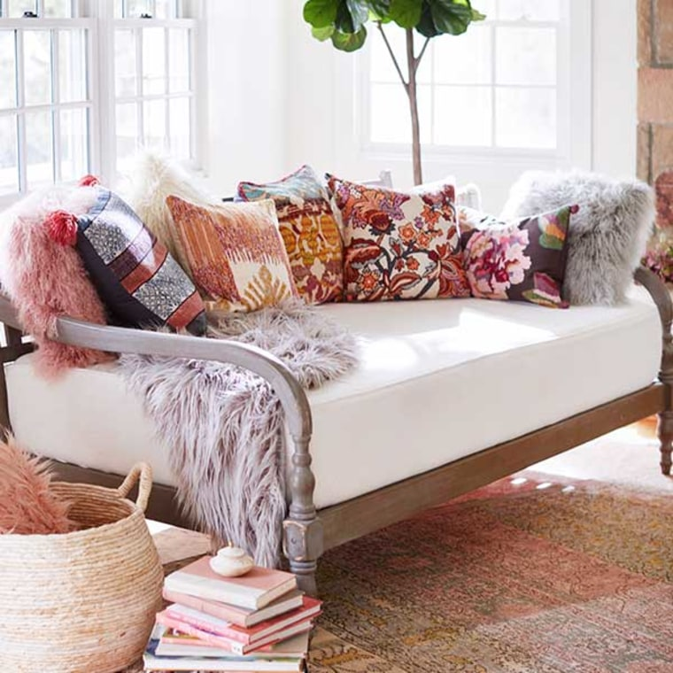 Cheap Home Decor And Furniture: 9 Best Places To Shop Online