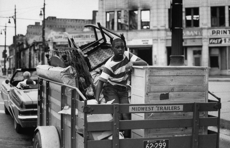 Family moving after Detroit race riots.