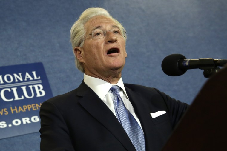 Image: President Trump's lawyer Kasowitz delivers a statement in Washington
