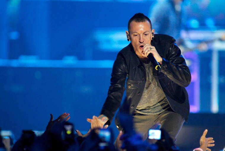 Image: Chester Bennington of Linkin Park performs during 2012 iHeartRadio Music Festival in Las Vegas