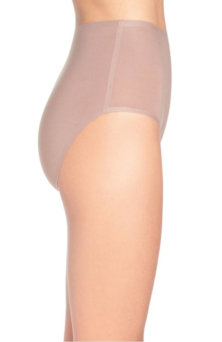 Nude seamless underwear