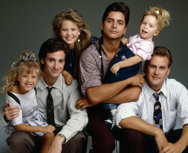 JODIE SWEETIN;BOB SAGET;CANDACE CAMERON;JOHN STAMOS;MARY-KATE/ASHLEY OLSEN;DAVE COULIER