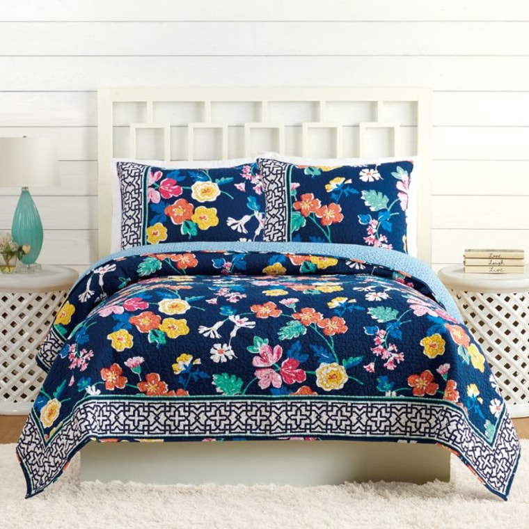 Vera Bradley S Bedding Collection Launches