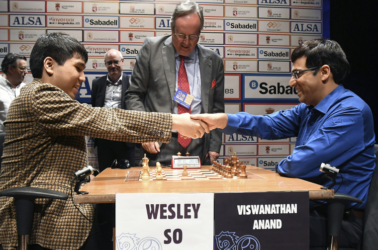 Image: Viswanathan Anand shakes hands with Wesley So rior to the start of the Leon Chess Masters 2017 final game