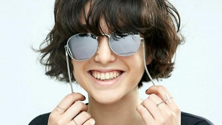 earring-slash-glasses