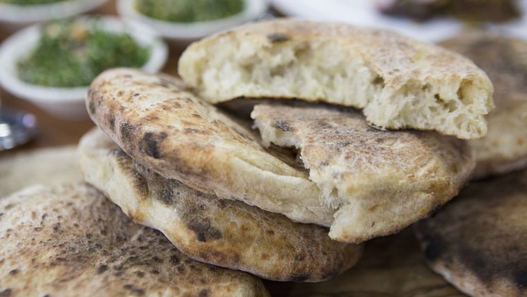 ALON SHAYA PITA: Alon Shaya's homemade pita