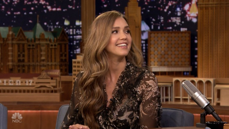 """Jessica Alba discusses baby name options on the """"Tonight Show."""""""