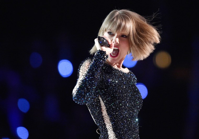Taylor Swift Fans In China Are Betting On The Singer S Relationships