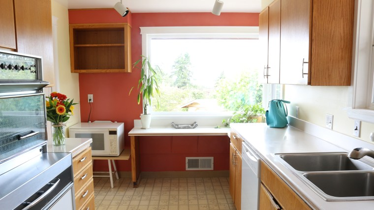 Small kitchen makeover ideas to try now