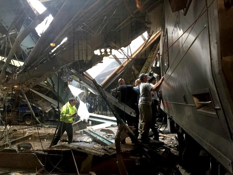 Image: *** BESTPIX *** New Jersey Transit Commuter Train Crashes At Hoboken Terminal