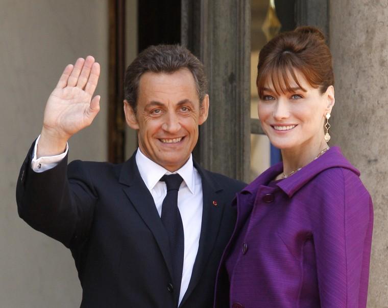 Image: Nicolas Sarkozy and his wife Carla Bruni Sarkozy