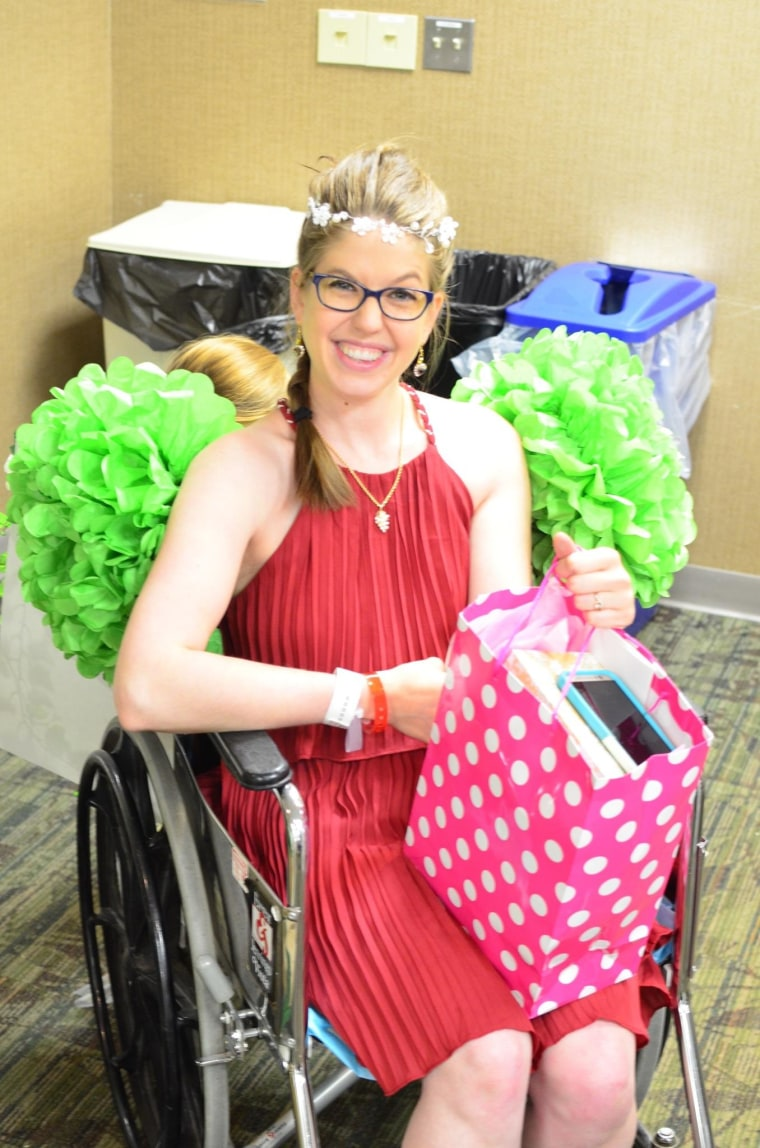 Jael Pulcipher celebrated her upcoming nuptials with an in-hospital bridal shower.