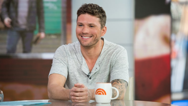 Image: Ryan Phillippe appears on the Today Show for his new series 'Shooter', November 11, 2016
