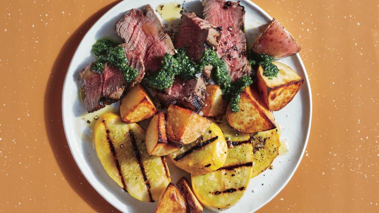Steak with Veggies and Zesty Chimichurri