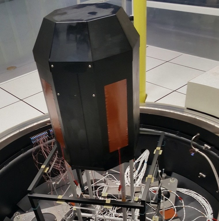 Archinaut's 3D printer in the thermal vacuum chamber at NASA's Ames Research Center in California's Silicon Valley. The printer created numerous objects under space-like conditions during the June 2017 test, Made In Space representatives said.