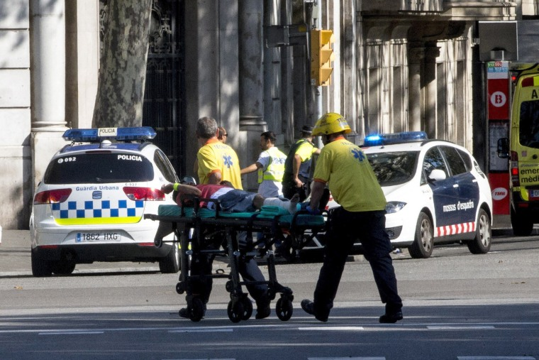 Image: A van crashes into pedestrians in Barcelona