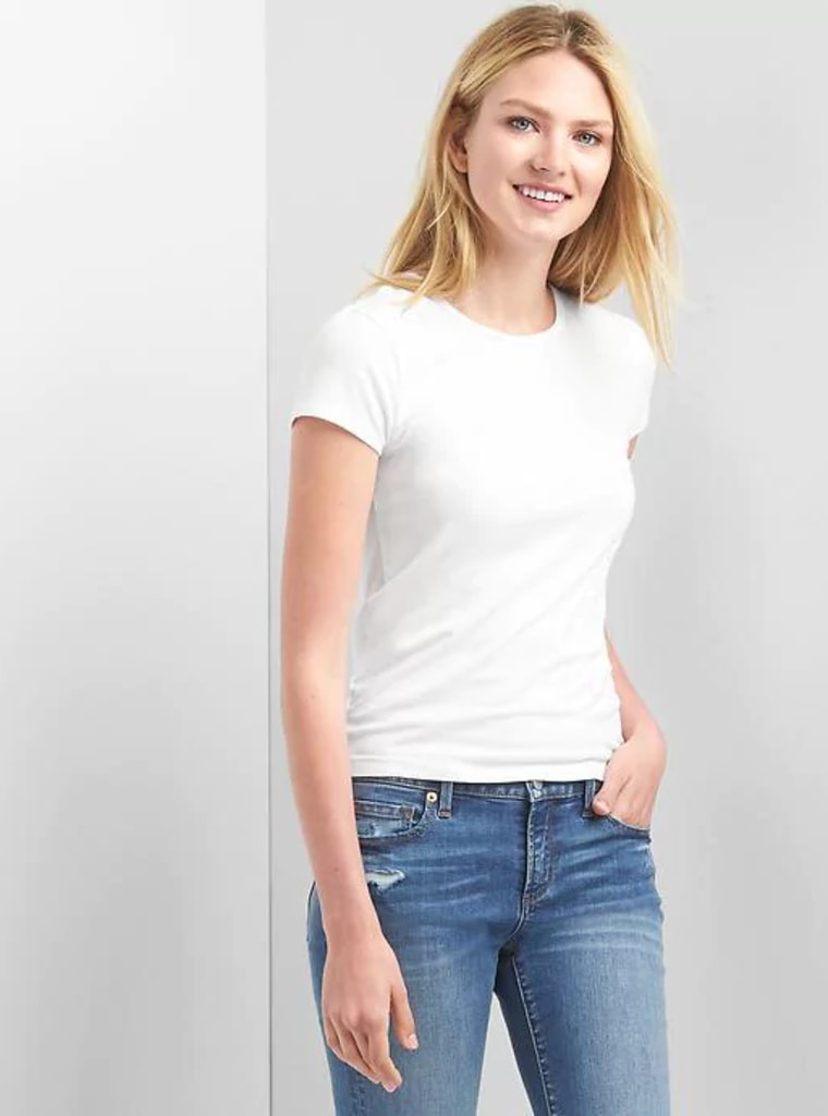 8d11a132bdb The best white T-shirts for women by outfit