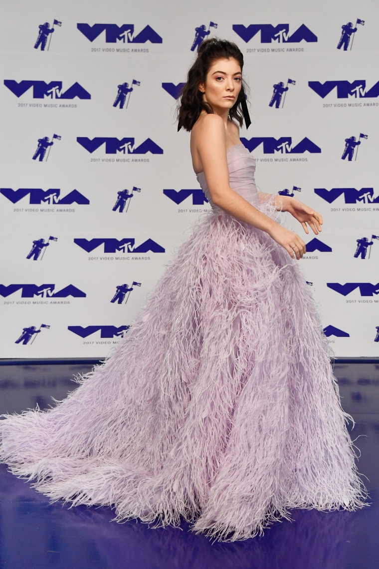 Lorde MTV Video Music Awards red carpet