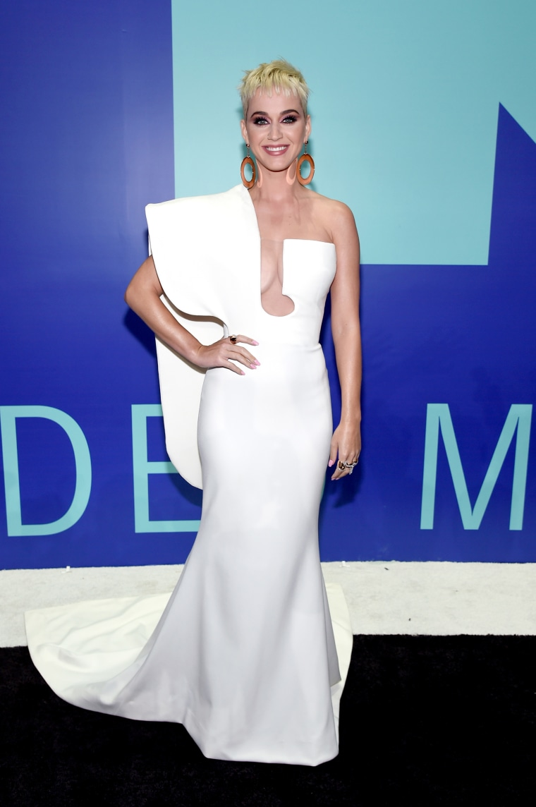 Katy Perry MTV Video Music Awards - Red Carpet