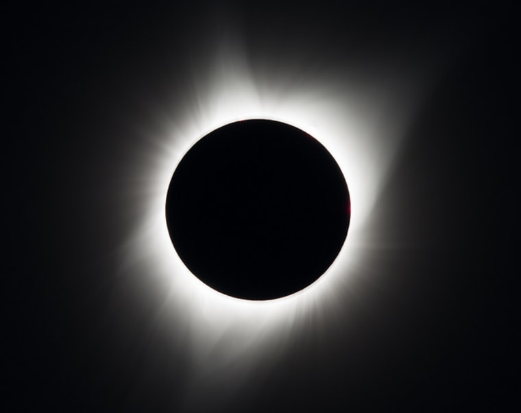 Eclipse 'Megamovie' Wows With Spectacular Crowdsourced Video