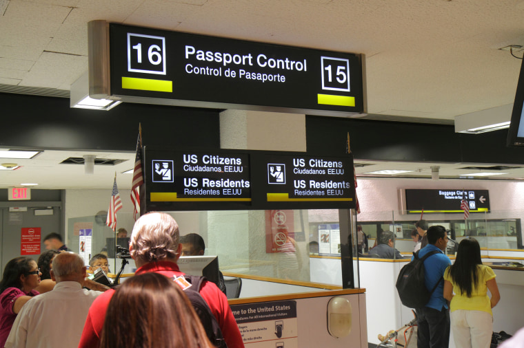 Image: Miami International Airport, Passengers Entering Passport Control