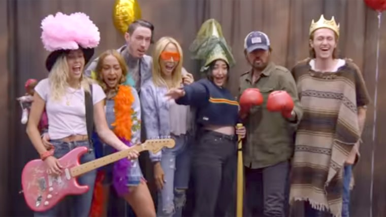 Carpool Karaoke - The Cyrus Family