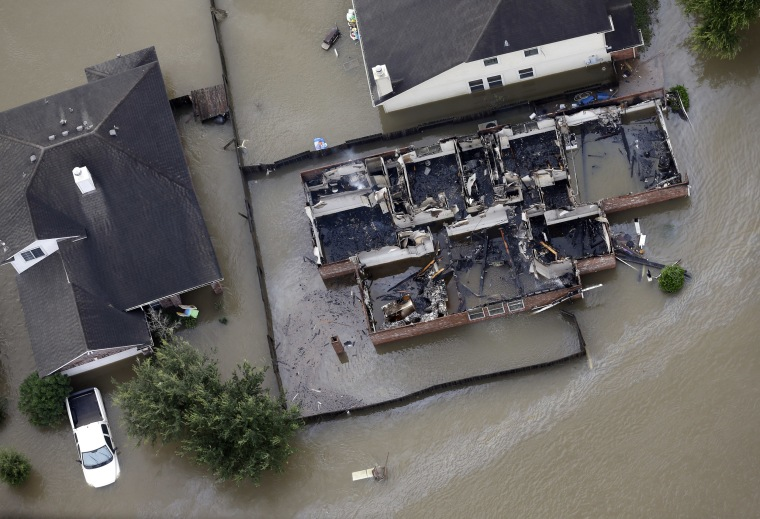 Image: Flooded homes