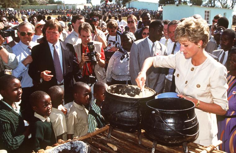 Image: Diana Serves Refugees