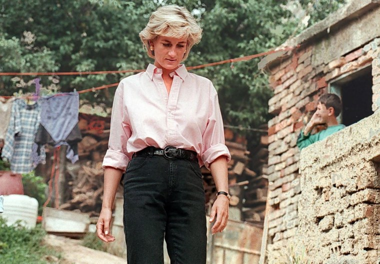 Image: Image: Princess Diana 15th death anniversary