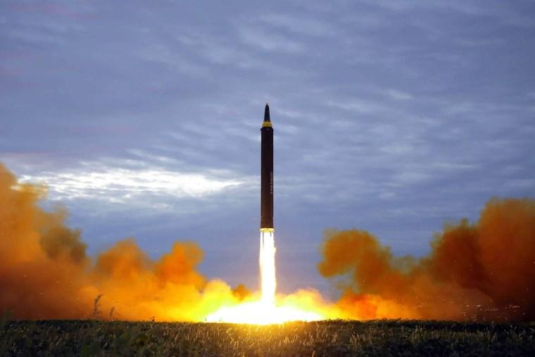 Image: Hwasong-12 Lifting Off