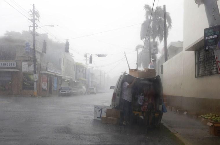 Image: Puerto Rico prepares for Hurricane Irma arrival