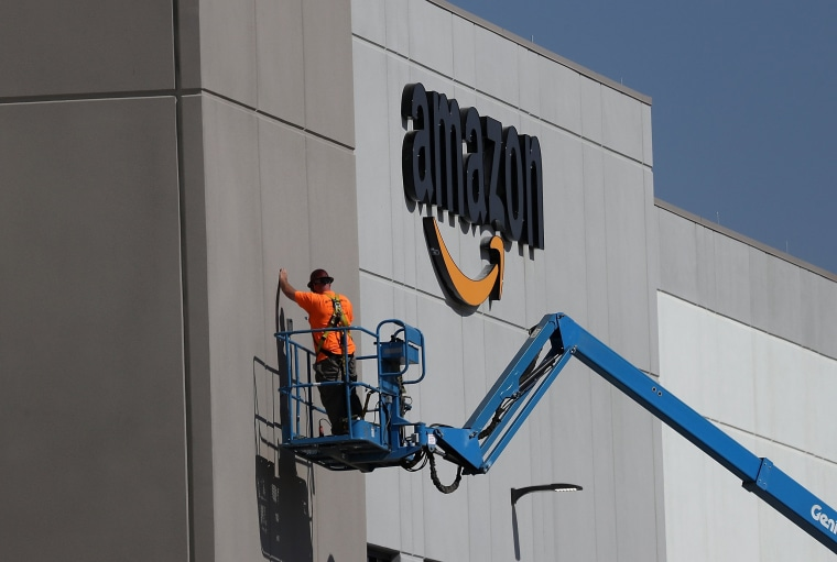 Image: Amazon To Open New Fulfillment Center In Sacramento