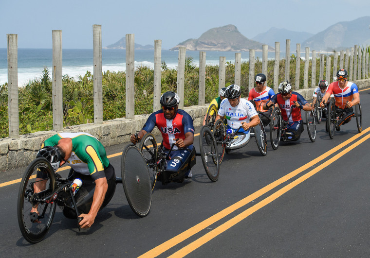 Ernst Van Dyk RSA (left) competes in the Men's Cycling Road Race H5 at Pontal ahead of Alfredo De Los Santos USA and Alessandro Zanardi ITA (centre). The Paralympic Games, Rio de Janeiro, Brazil, Thursday 15th September 2016.