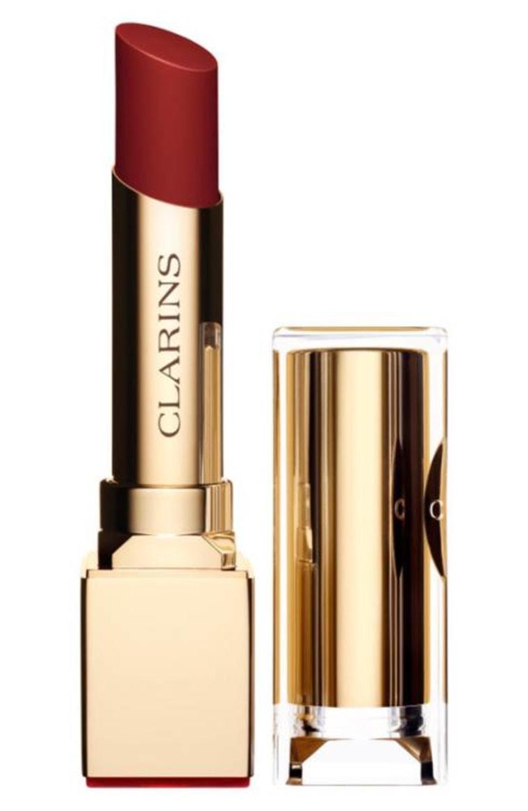 Red lipstick for medium skin