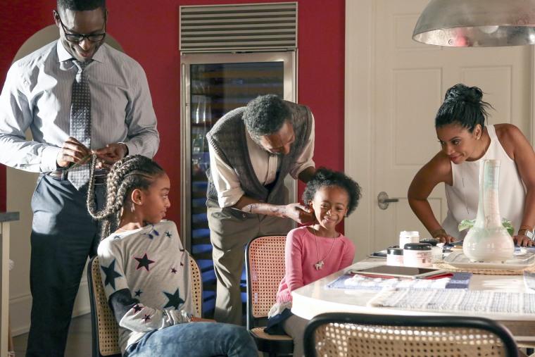 "Image: Sterling K. Brown as Randall, Eris Baker as Tess, Ron Cephas Jones as William, Faithe Herman as Annie, Susan Kelechi Watson as Beth in ""The Pool"" in Season 1 of ""This is US."""