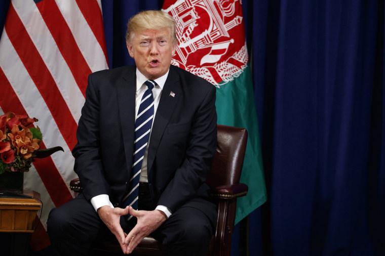 Image: Trump speaks at a meeting with Afghan President Ashraf Ghani