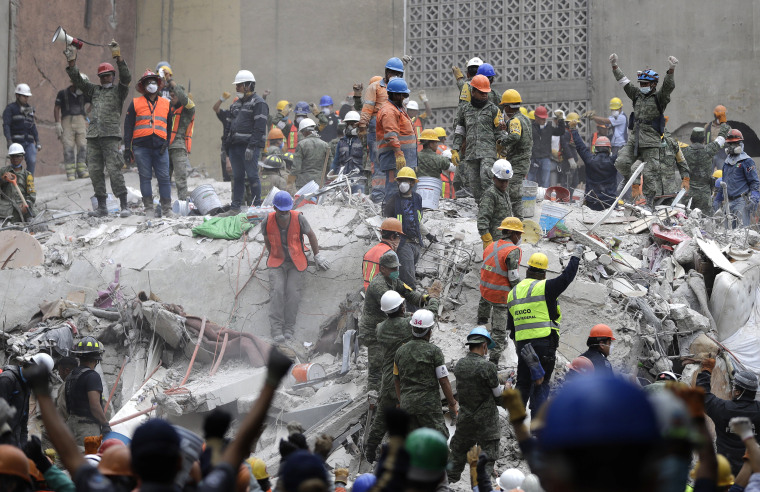 Image: Rescue Workers