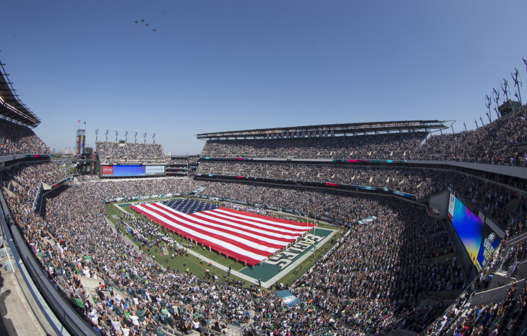 Image: A general view of Lincoln Financial Field during the national anthem prior to the game between the New York Giants and Philadelphia Eagles
