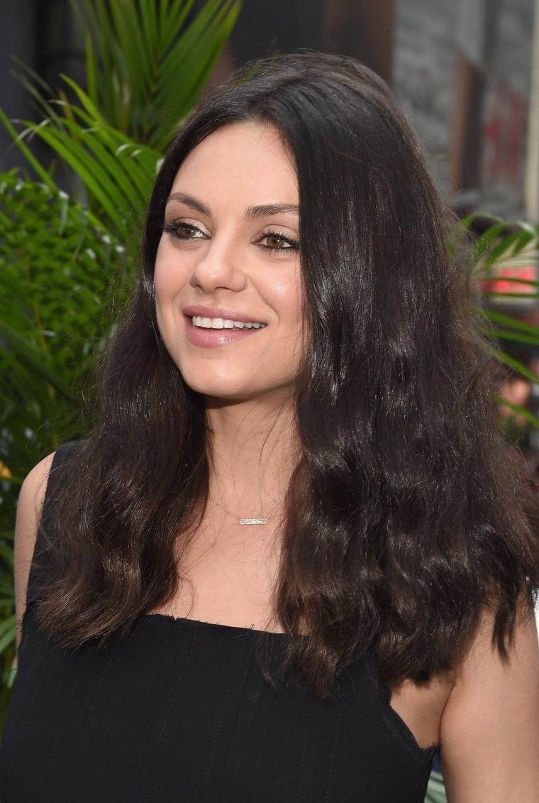 Mila Kunis Debuts New Wavy Bob Haircut In Time For Fall