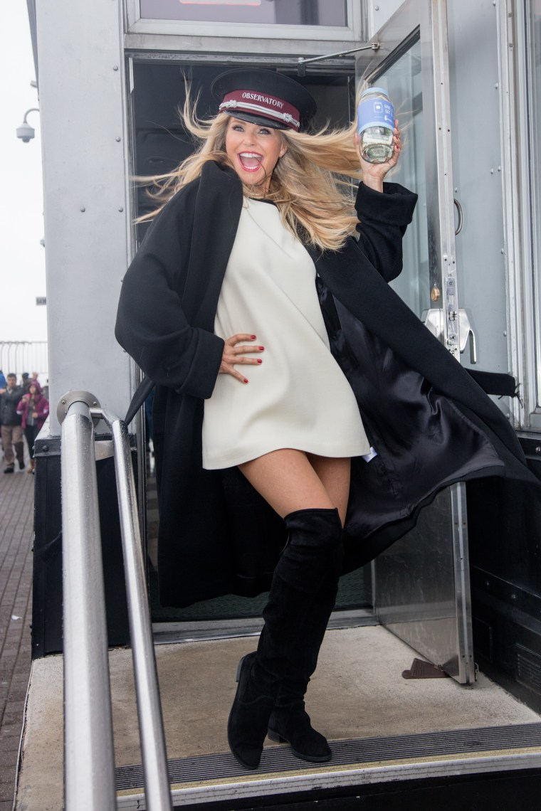 """Christie Brinkley Visits The Empire State Building To Celebrate """"Give A Smile, Get A Smile"""" Launch"""