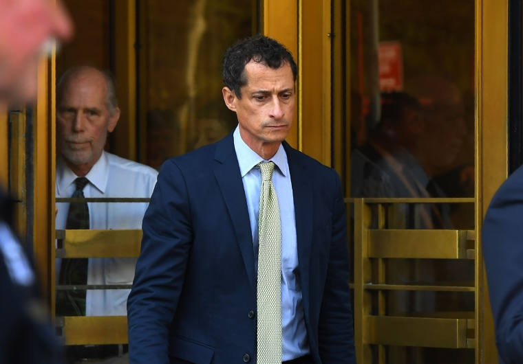 Image: Anthony Weiner leaves Federal Court in New York