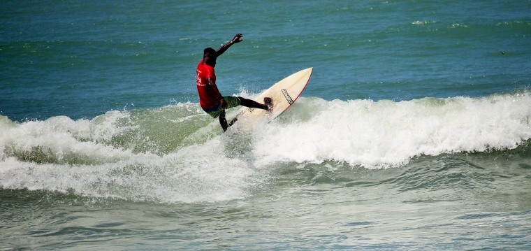 Image: Bentum Surfs Along Atlantic Coast in Ghana