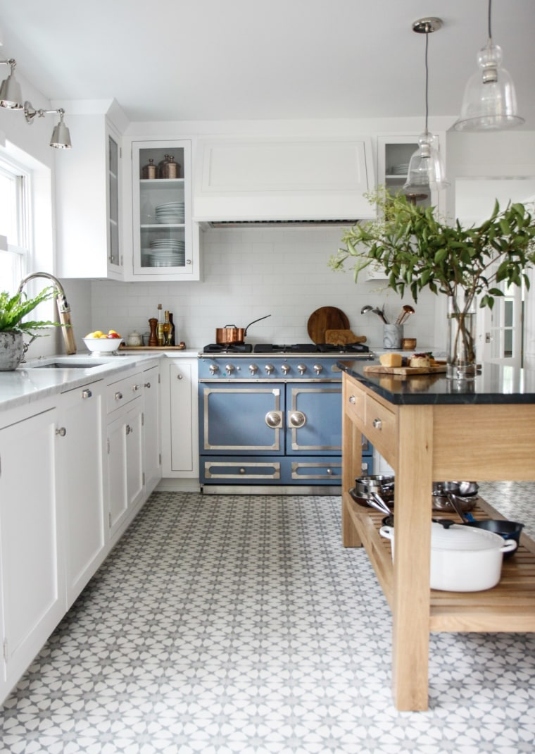 Blue stove makeover