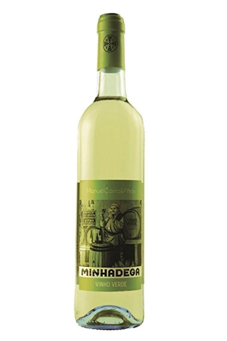 Vino verde bottle